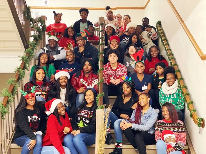 Students Christmas photo