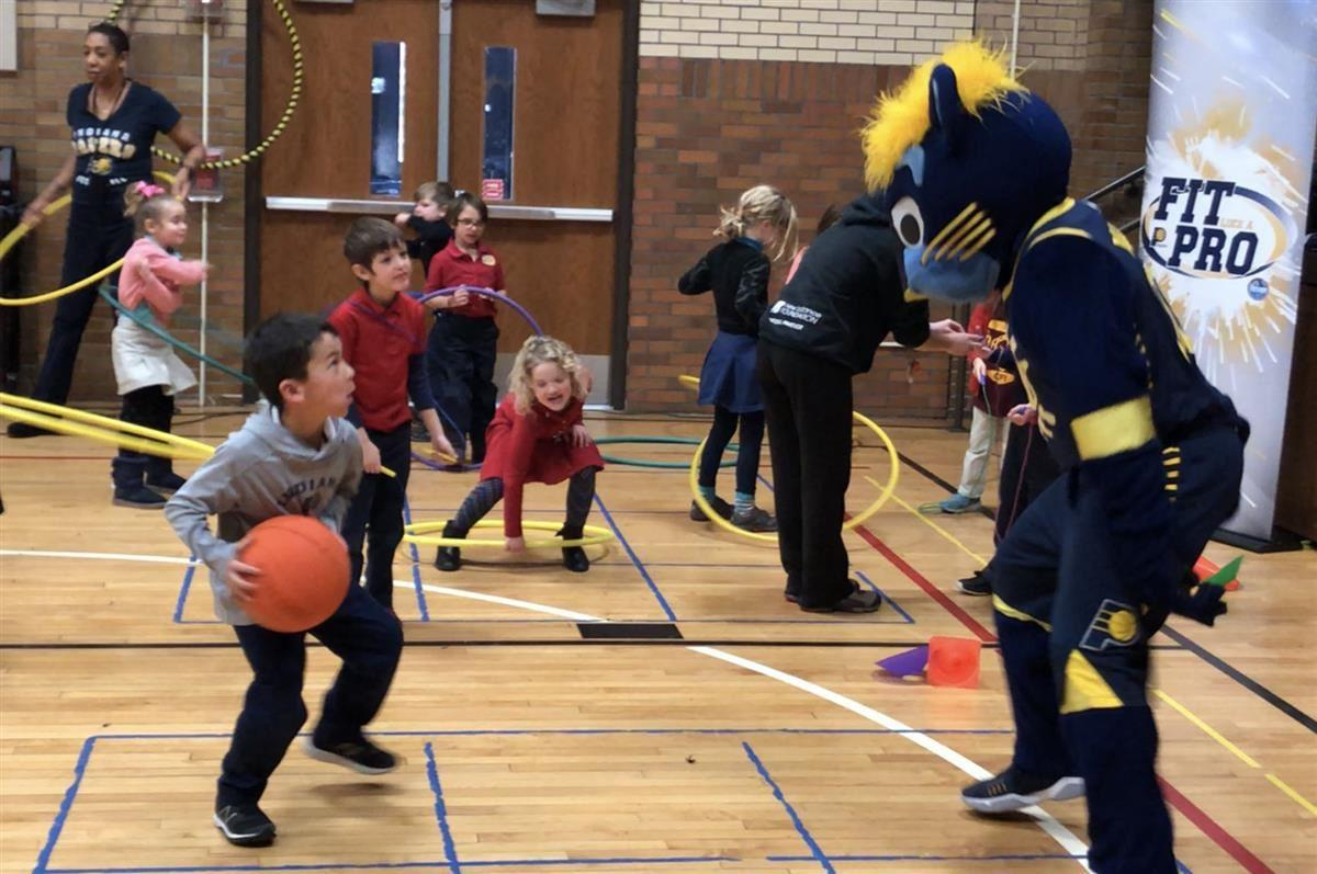 Pacers' Boomer and CFI 70 Students