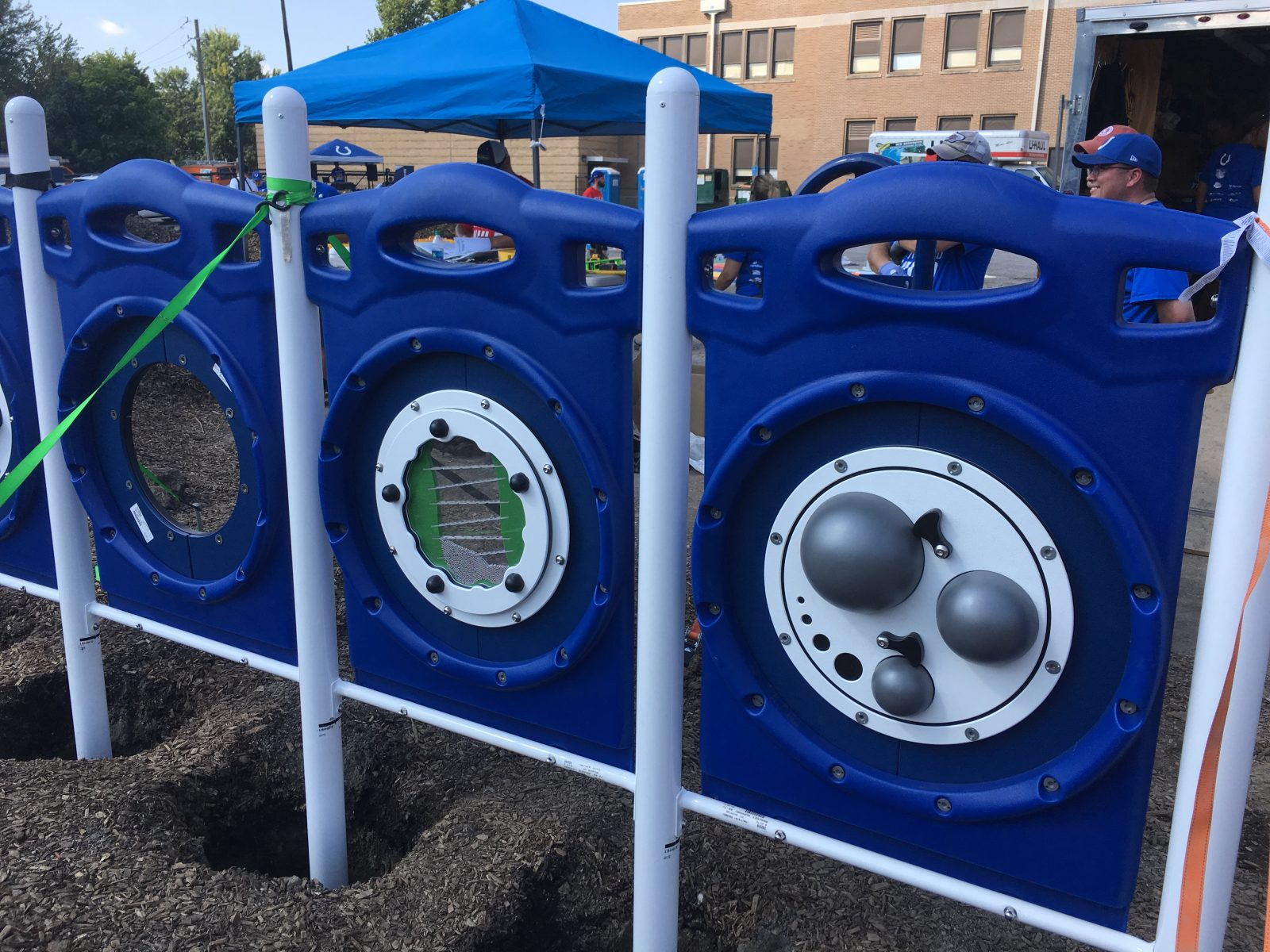 Indianapolis Colts Build Playground at Francis W. Parker School 56 4