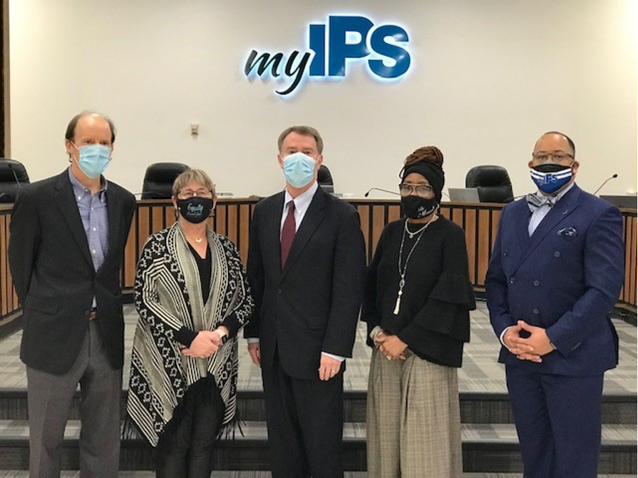 IPS School Board Welcomes New Members, Officers for 2021 2